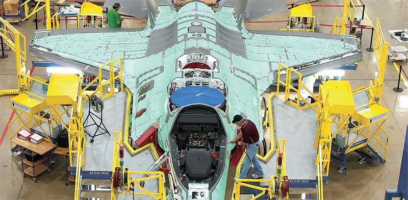 F-35_Assembly2