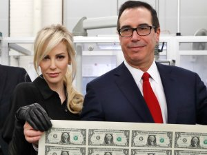 Louise_Linton_M_wife