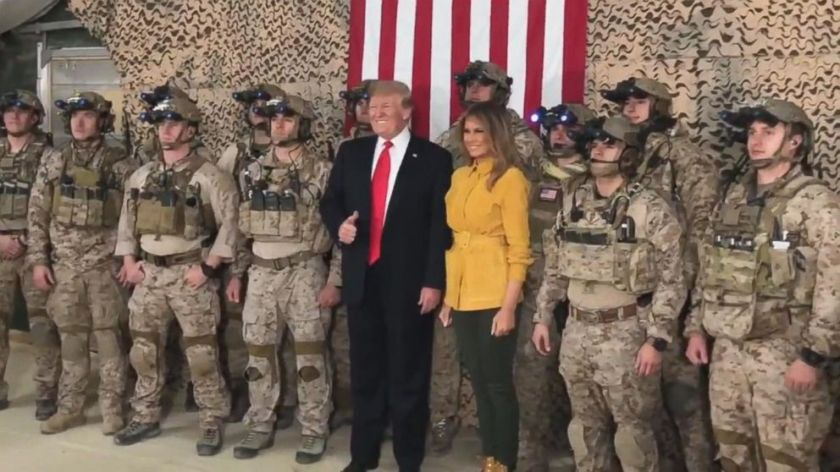 Trump_with_Troops
